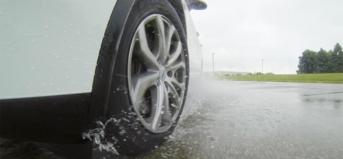 Test and Review Crossover-SUV Touring All-Season tires – Video